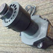 ドリル刃研磨機